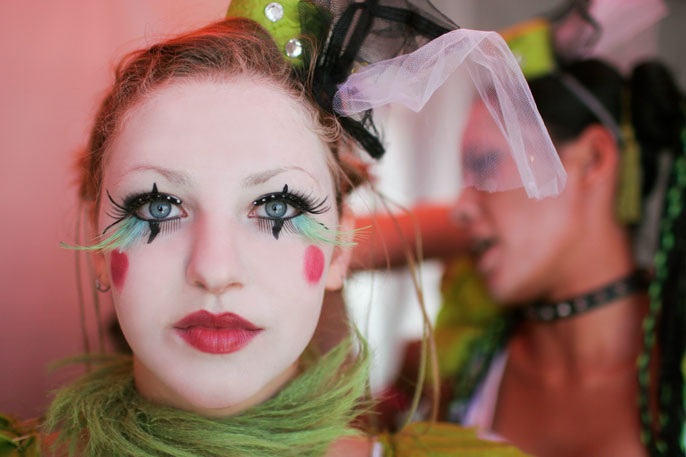 Documentary circus photography - Vau de Vire at the Iron and Ink festival in LA by Becca Henry Photography