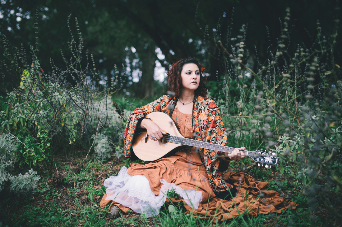 Liz Ryder, singer/ musician sings in Golden Gate Park by Becca Henry Photography