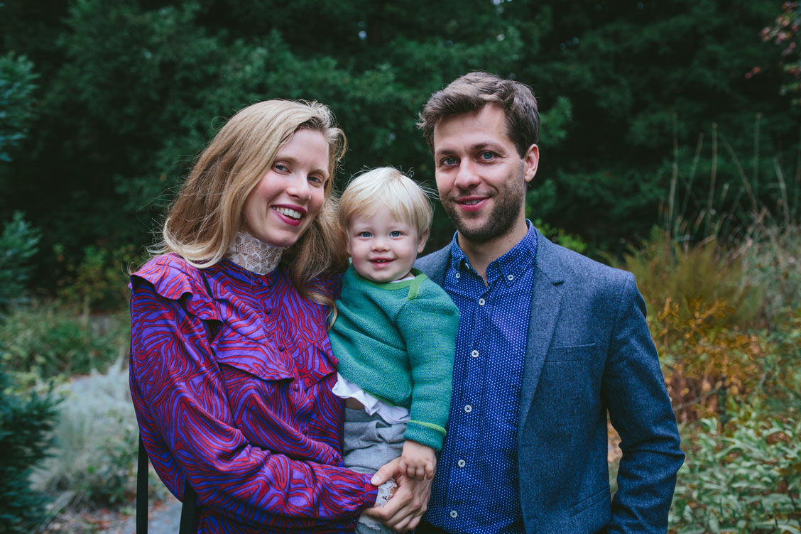 Family portrait at Berkeley Botanical Garden wedding by Becca Henry Photography