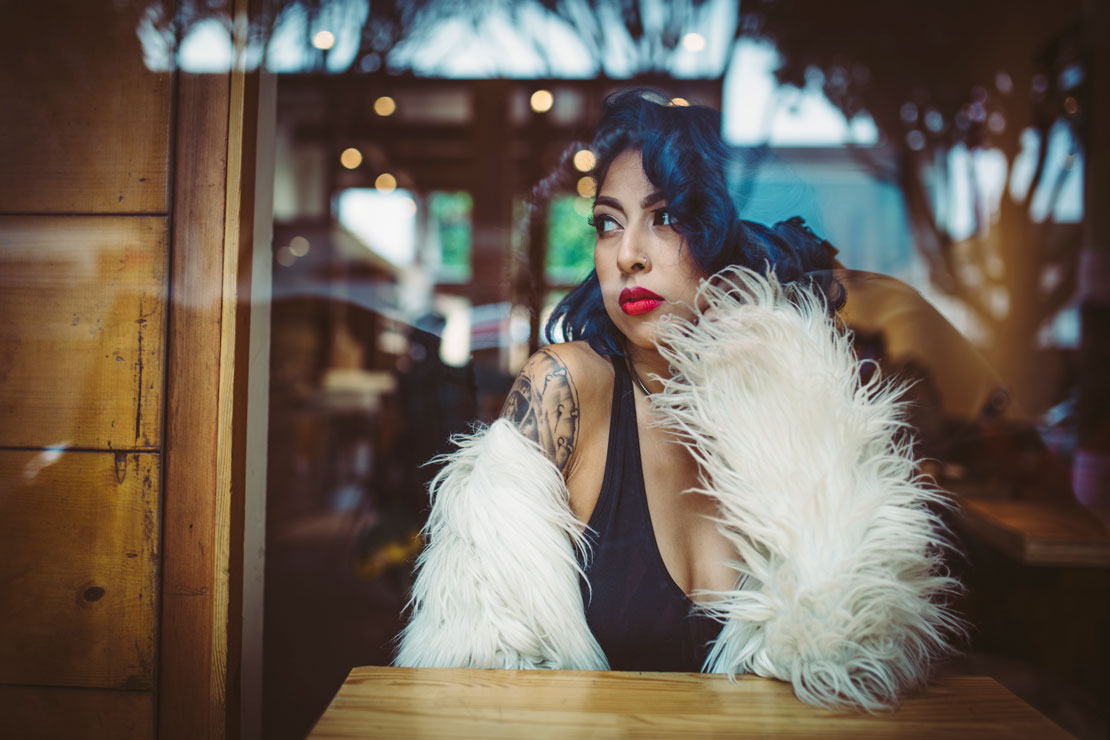 San Francisco coffee shop fashion shoot in the Mission by Becca Henry Photography