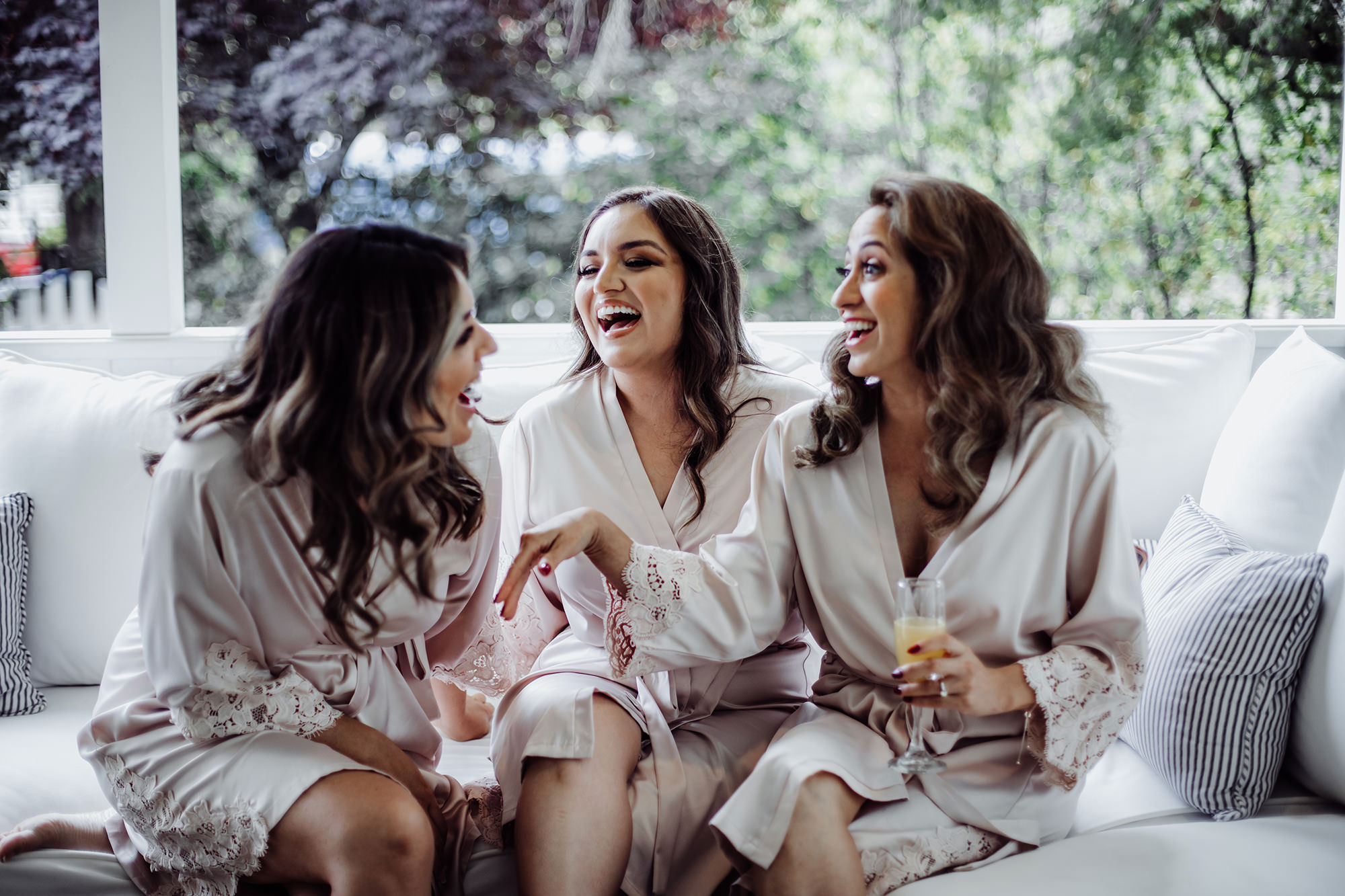 Fun bridal party while getting ready.