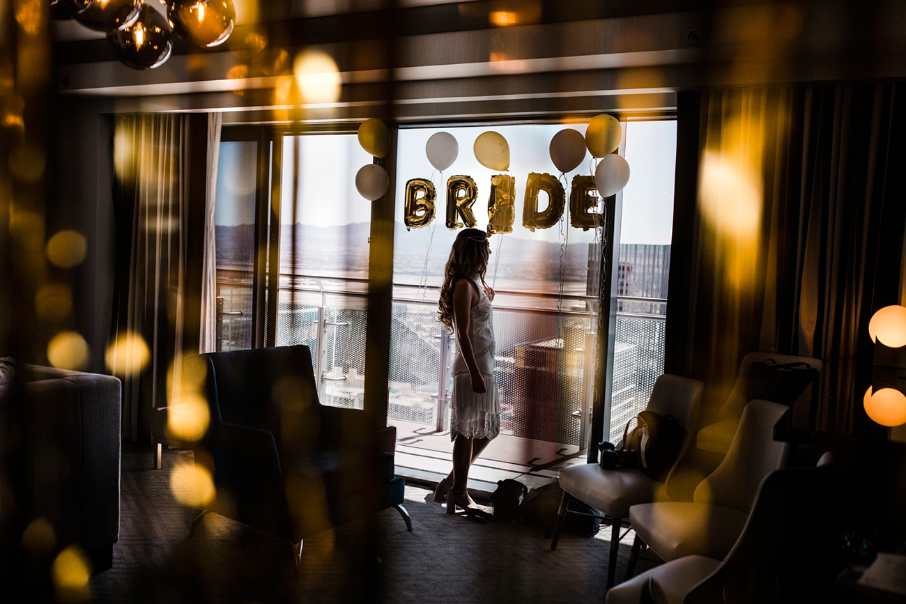 Bride portrait in the Cosmopolitan Hotel. Las Vegas Wedding. Red Rock Wedding . Becca Henry Photography .