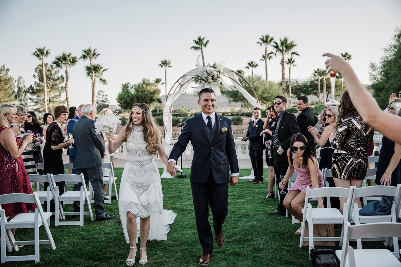 Las Vegas Wedding. Red Rocks Wedding . Becca Henry Photography . Wedding ceremony at Siena Golf Club.