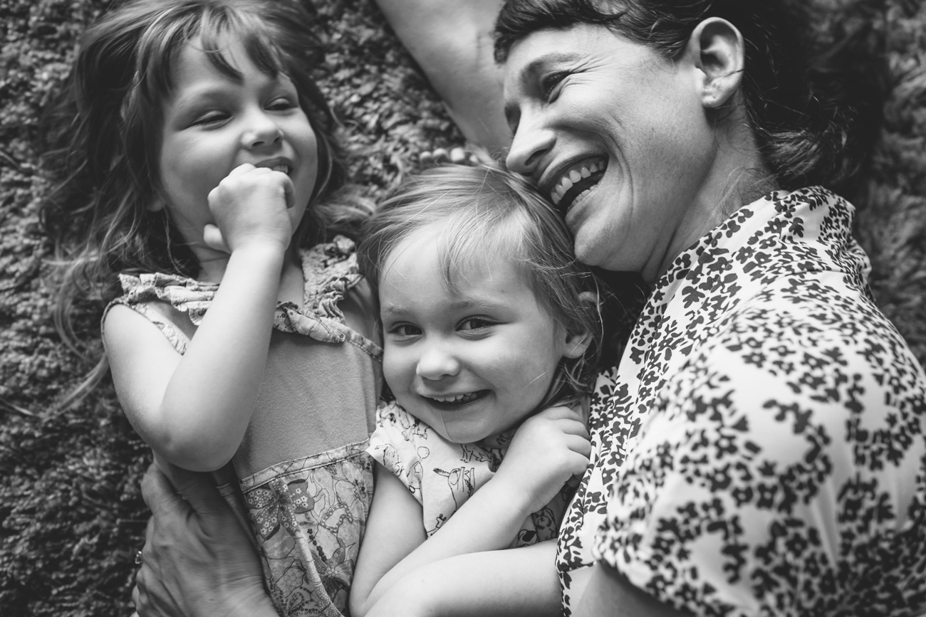 Becca Henry Family Portraits - tickle time with mom - Alameda